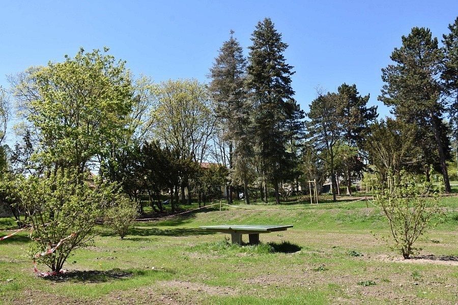 Park ve Slaném.