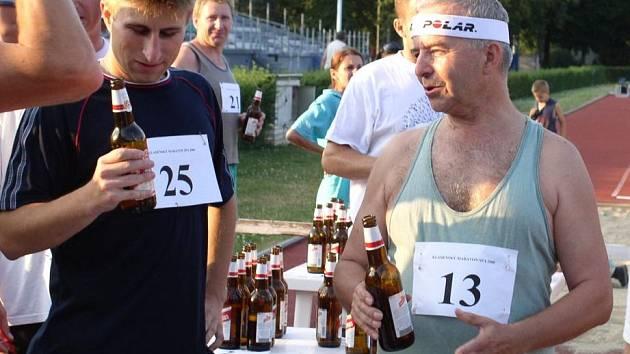 I archivní foto stačí k tomu, abyste si přiblížili atmosféru Pivního maratonu v Kladně.