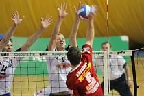 Opora Ostravy univerzál a kapitán týmu David Konečný si s dvojblokem Karel Linz – Borek Fokt (14) sice neporadil, avšak jeho družstvo si přesto vynutilo pátý, rozhodující zápas.