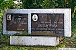 Pomník v Bílichově.