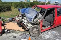 Úterní nehoda u benzinové čerpací stanice u Slaného.