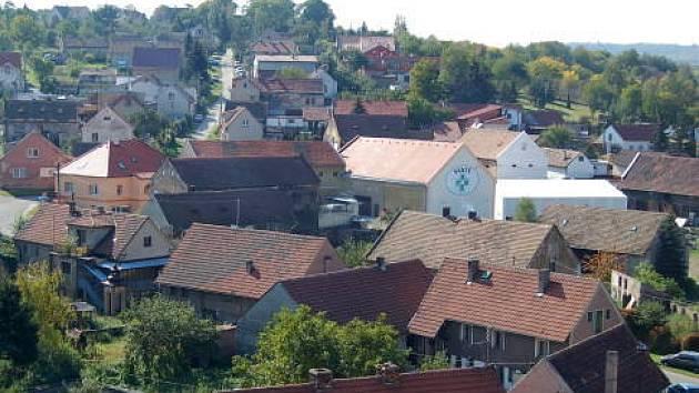 Malá obec Dřetovice u Kladna oslavovala 775 let od vzniku.