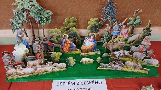 Výstava betlémů v Knovízi.