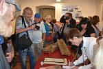Výstava cihel a cihlářství na Slánsku v Galerii Dobeška.