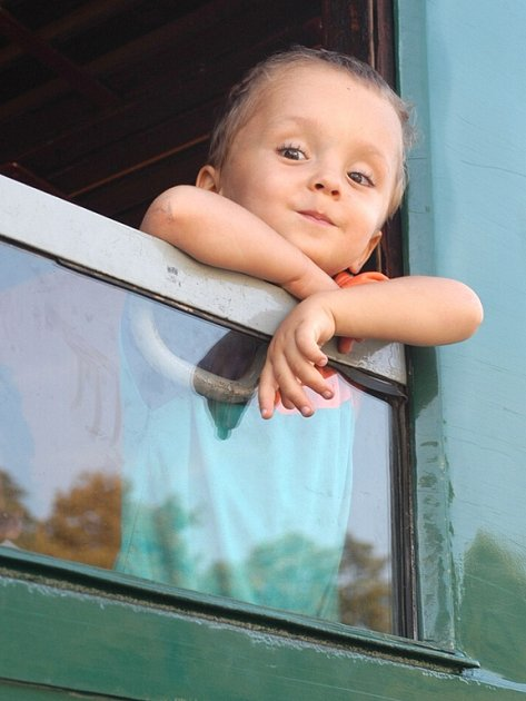 Děti i dospělí cestující do Prahy z Kladenska a Slánska vlakem mají důvod k úsměvu. Skončila rekonstrukce na Masarykově nádraží a tím i několikatýdenní výluka.
