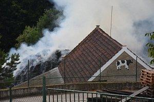 Požár stohu v Horní Kamenici