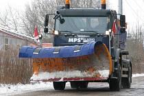 Silničáři se rozjeli po regionu již v pět hodin ráno. Zodpovědnost za zajištění průjezdnosti většiny silnic na Kladensku a Slánsku mají pracovníci MPS Kladno.