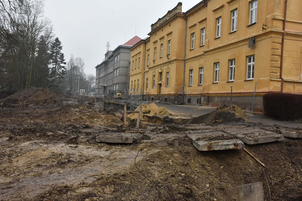 Opravy ve slánské nemocnici pokračují a čeká ji další modernizace.