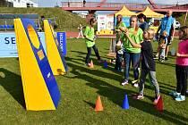Páteční akce Atletika pro děti na slánském stadionu.