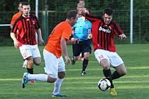 Stanislav Jung (vlevo) hrál skvěle, dal Dobříši tři góly. na archivním snímku je také zbylý střelec Havelka (vpravo).