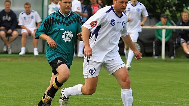 HC Kladno - SK  Lidice 6:4 (2:0) , přátelské utkání v rámci přípravy HC Kladno,  hráno 9.6.2011