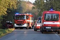 Žena utrpěla vážná mnohočetná poranění a byla letecky transportována do střešovické nemocnice.