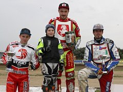 Na Markétě v sobotu budou jako náhradník Eduard Krčmář (vlevo), Václav Milík (uprostřed) v hlavním závodě, chybět bude Matěj Kůs.