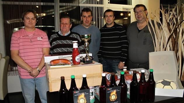 Vyhlášení  vítězů TIP-LIGY čtenářů Kladenského deníku ve Sportovním centru Atlas ve Slaném