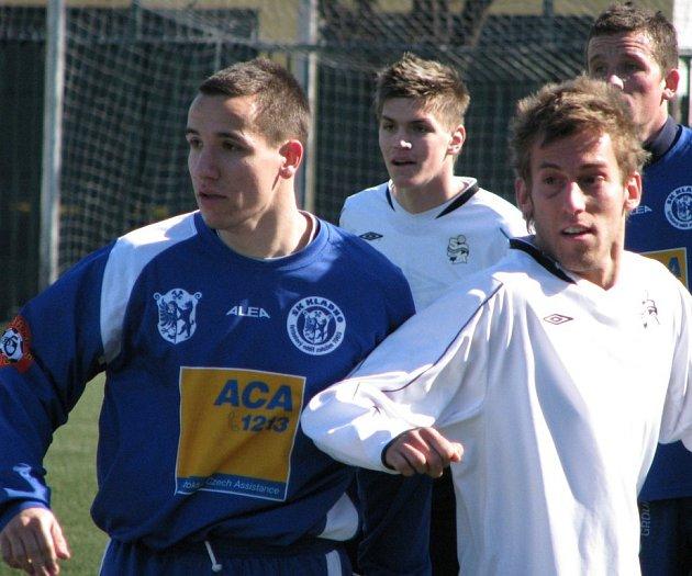 Jaroslav Chalupa (vlevo) hrál na pravém okraji obrany dobře.