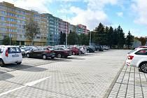 Ve Štechově ulici v Kladně přibydou parkovací plochy i zeleň.