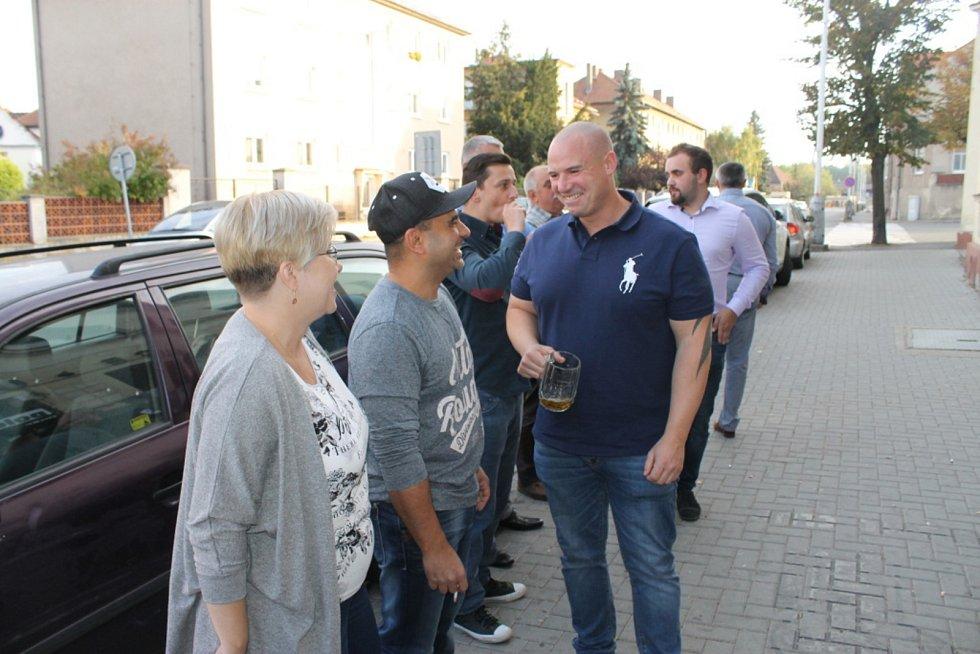 Volební štáb ANO v Kladně.