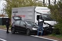 Dopravní nehoda v Nosačické ulici ve Slaném.