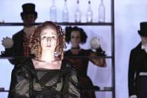 MARIE ŠTÍPKOVÁ jako Géši Gottfriedové v inscenaci Brémská svoboda.
