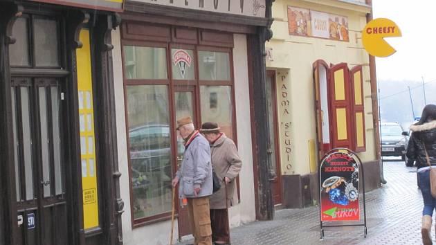 Lupiči přepadli klenotnictví v Havířské ulici v Kladně.