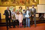 Kladenské školy soutěžily o nejlepší web, vítěze ocenili na radnici.