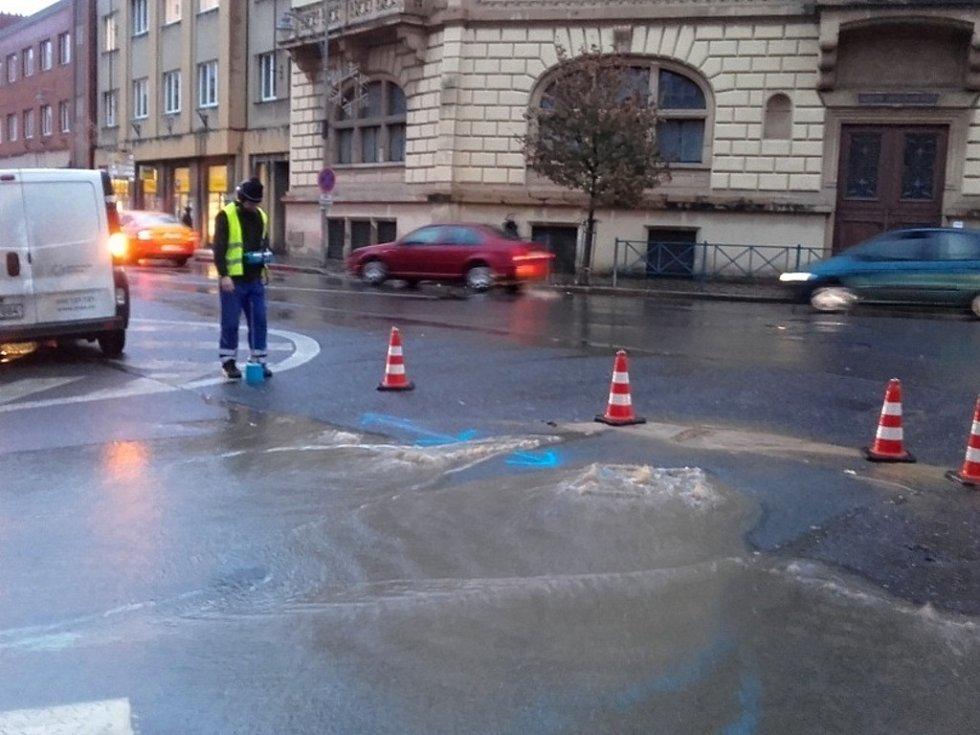 Havárie vody ve Slaném ve čtvrtek odpoledne