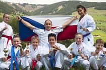 Výprava Keiko-ryu Shotokan Kladno na závodech v Rakousku.