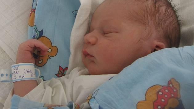 Jan Toman, Vinařice, 13.2.2009, váha 3,10 kg, míra 50 cm. Rodiče Zdeňka a Jiří Tomanovi ( porodnice Kladno).