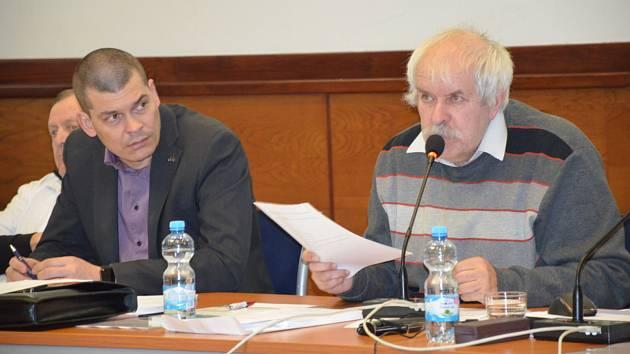 Jedenácté zasedání města Slaného, klíčovým bodem byla multifunkční sportovní hala.