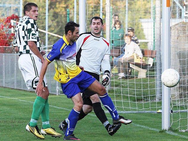 Slovan Kladno - Unhošť  3:2 , utkání OP okr. Kladno, 2011/12, hráno 25.9.2011