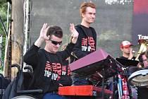 Zlatým hřebem festivalu bylo vystoupení skupiny The Tap Tap.