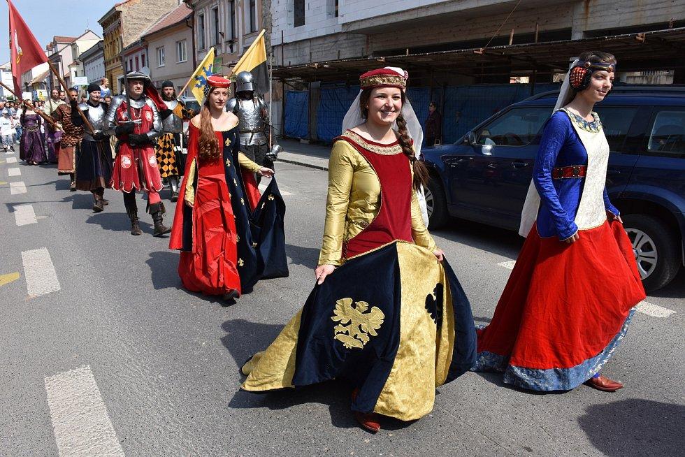 Sobotní den Husitských slavností ve Slaném.