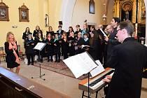 Z vystoupení sboru Gaudium v družeckém kostele.
