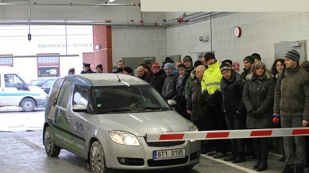 Slavnostní otevření parkovacího domu ve Slaném, 22. ledna 2013