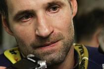 Jan Hlaváč vsítil důležitou první branku //  Rytíři dnes po šesté v řadě vyhráli a vyšvihli se do čela ELH // HC Rytíři Kladno - HC Třinec 3:1,  ELH 2012/13, hráno 3.10. 2012