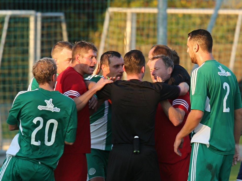 Sokol Hostouň - Meteor Praha 2:1 (1:1), Divize sk. B, 16.10. 2016