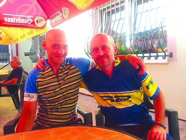 Jan Tyxa z Kladna (vlevo)  a Milan Silný ze Slaného už jsou v pohodě, extrémně náročný podnik je pro ně minulostí.