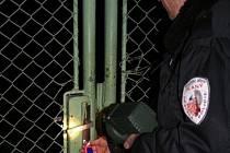 Kromě  jiných denních povinností kontrolují pravidelně strážníci i zahrádkářské kolonie.