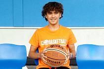 Talentovaný basketbalista z Nového Strašecí Kryštof Brezík.