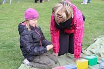 Oslava Dne Země přilákala do kladenského parku poblíž Václavského náměstí mnoho dětí.