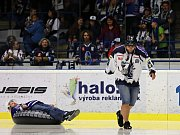 Kladno (v modrém) zdolalo Havířov po boji 3:2.