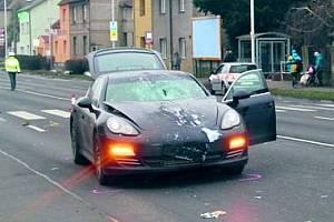 Porsche Panamera vzápětí po nehodě na Sítné