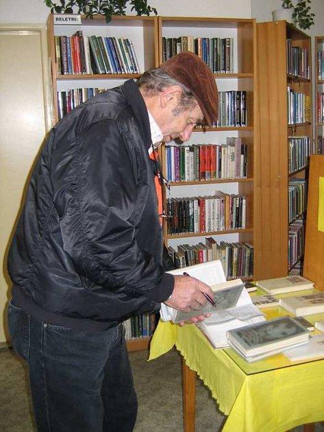 Knihovna Václava Štecha ve Slaném zaznamenala v letošním roce nárůst návštěvníků všech věkových kategorií.