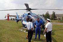 Policie loni provedla na Kladensku a Slánsku několik kontrol řidičů,  při nichž využila také vrtulník.