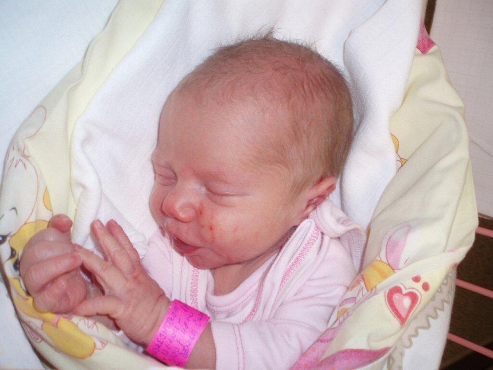 Adéla Ondrejmišková, Pchery. Narodila se 13. ledna 2013. Váha 3,1 kg, míra 48 cm. Rodiče jsou Denisa Ondrejmišková a Jan Pokorný (porodnice Slaný).