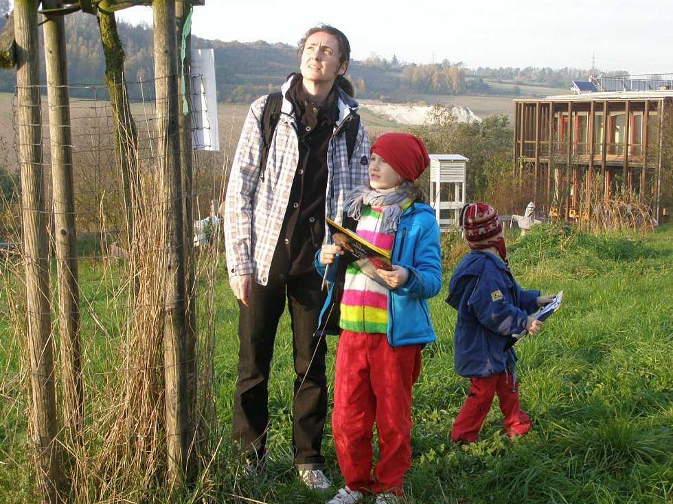 Den stromů se konal v sobotu odpoledne v Naučném středisku ekologické výchovy Čabárna - Kladno.