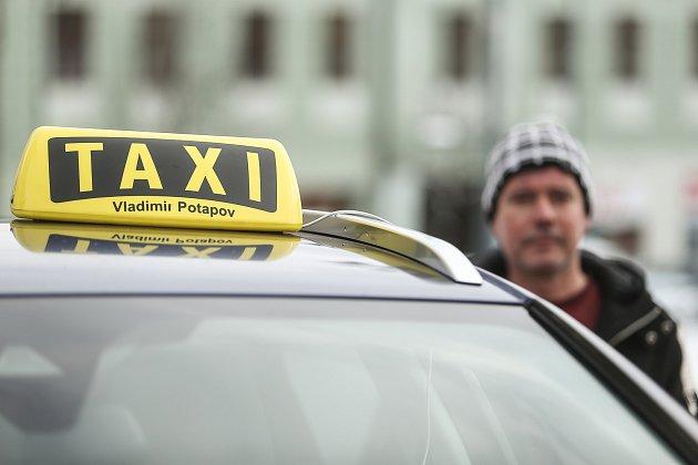 Kladenský taxikář Vladimir Potapov