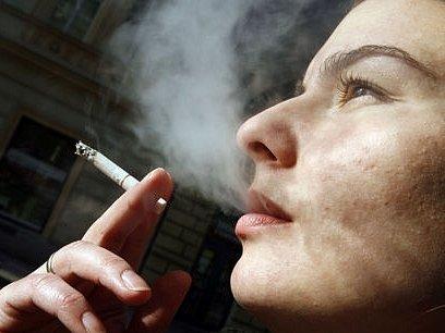 Jedovatý cigaretový dým by měl dle návrhu nového protikuřáckého zákona již brzy zmizet ze všech zábavních a restauračních zařízení.