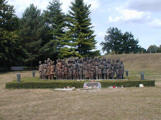 Památník v Lidicích.