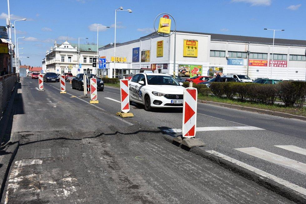 Oprava v Kleinerově ulici v úsecích křižovatek s ulicemi Vašatova a E. Beneše.